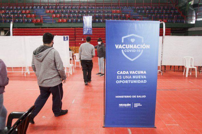 Vacunación: el 74% de los mayores de 18 ya tienen las dos dosis en Neuquén