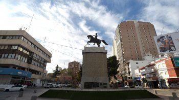 femicidio en villa: varones marcharan el lunes en el monumento