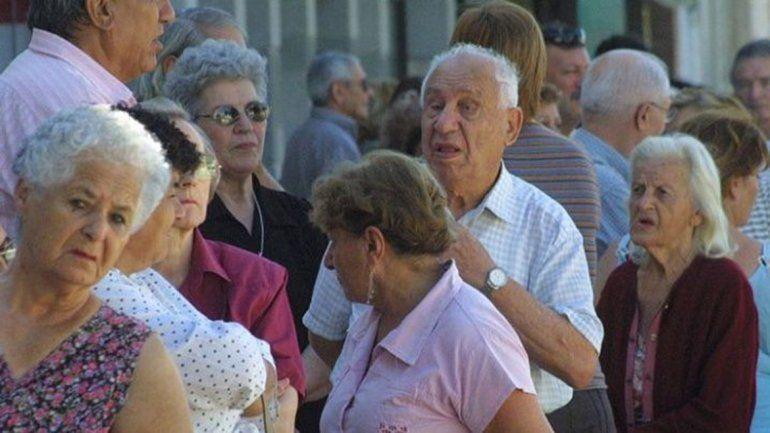 Oficializaron el aumento para jubilados y pensionados nacionales