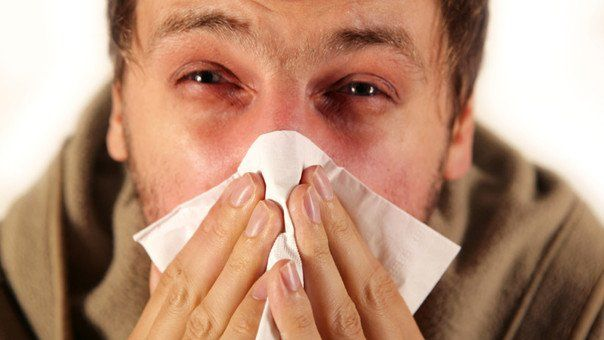 ¿Cómo distinguir los síntomas del covid-19 de los de la alergia y el resfrío?