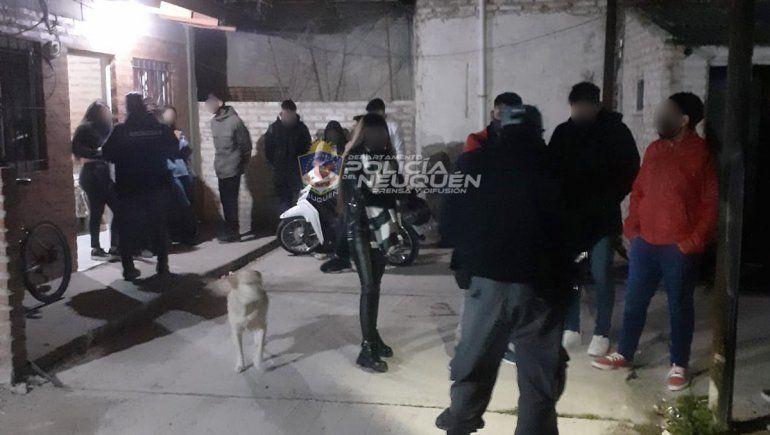 Desarticularon tres fiestas clandestinas en la ciudad: notificaron a 38 personas