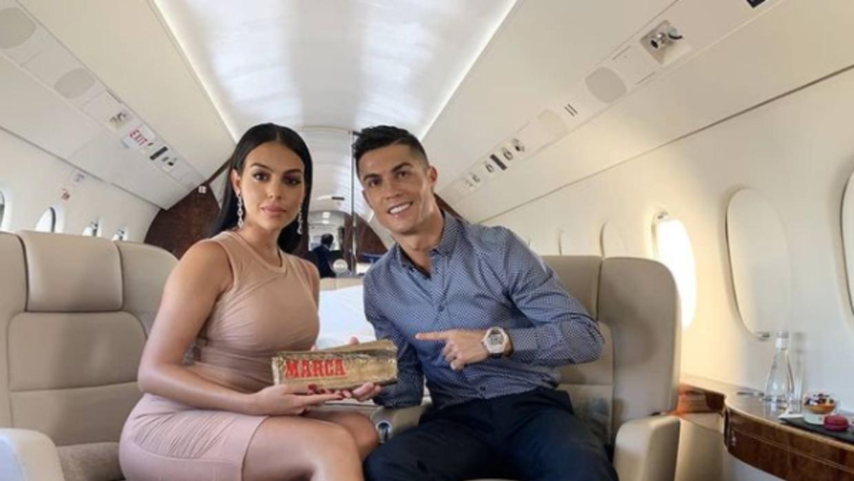 el impactante regalo de ronaldo que sorprendio a su novia argentina