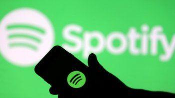 Spotify también tiene una opción para que disfrutes de la plataforma de manera gratuita