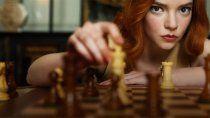 el fenomeno de gambito de dama disparo busquedas de ajedrez en google