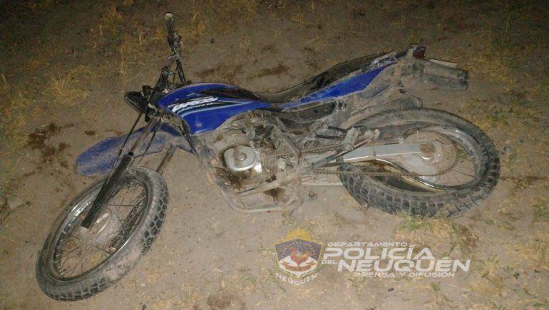 El adolescente murió abordo de una moto, cuando un auto los chocó de atrás en la Ruta 237.