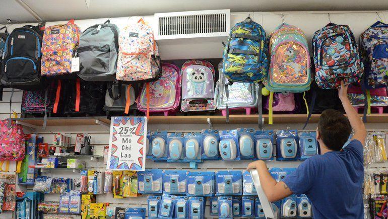 Los útiles escolares son 78% más caros que hace un año