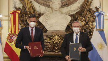 Casa Rosada: Fernández recibe al presidente español