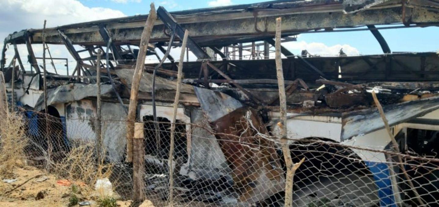 vivian en un colectivo y perdieron todo en un incendio