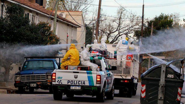Nuevo foco en Buenos Aires: 53 positivos en el barrio Villa Azul