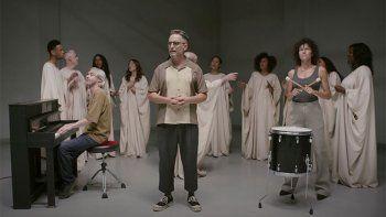 el nuevo tema de jorge drexler, una marcha gospel contra el odio
