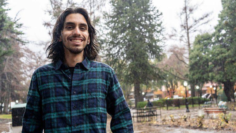 El joven que recopila el protagonismo de San Martín de los Andes en el cine y la tevé