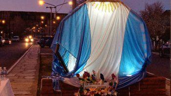 loncopue: emotivo monumento a las victimas de covid