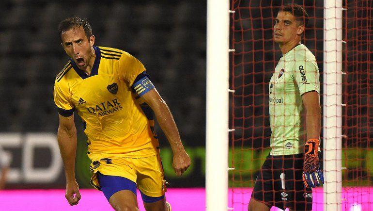 Boca le ganó a Newell´s en Rosario y se lo dedicó a Tevez
