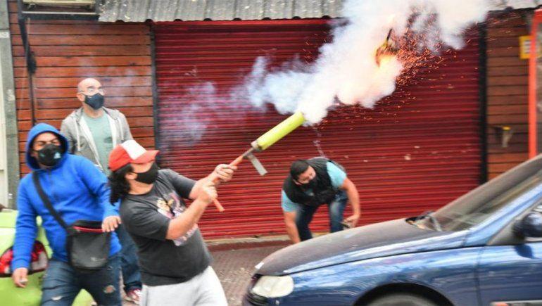 Apareció otro hombre mortero en una protesta en Córdoba