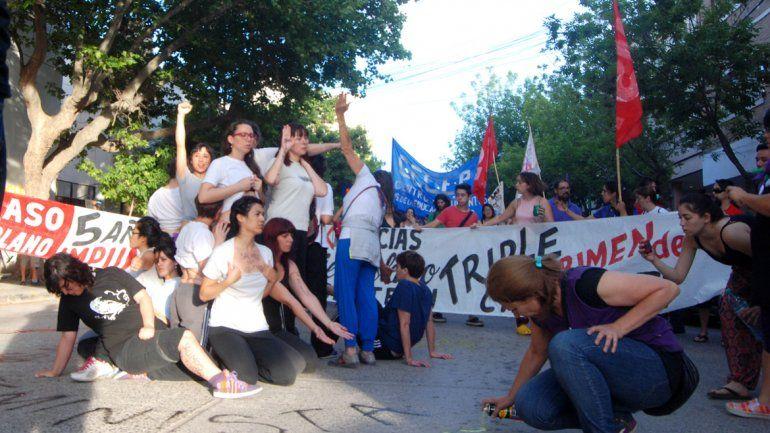 La marcha partió desde la plaza de la Justicia y recorrió las calles céntricas.