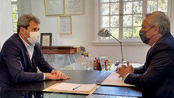 Alberto diseña un nuevo gabinete de unidad del FdT