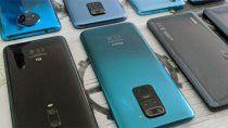 lituania insta a los ciudadanos a tirar los telefonos chinos