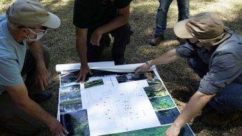 buscan tumbas con desaparecidos en campo de mayo