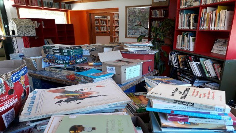 A pesar de la cuarentena, una biblioteca popular impulsa la lectura