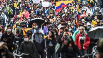 sigue el drama en colombia: nuevo paro y decenas de heridos