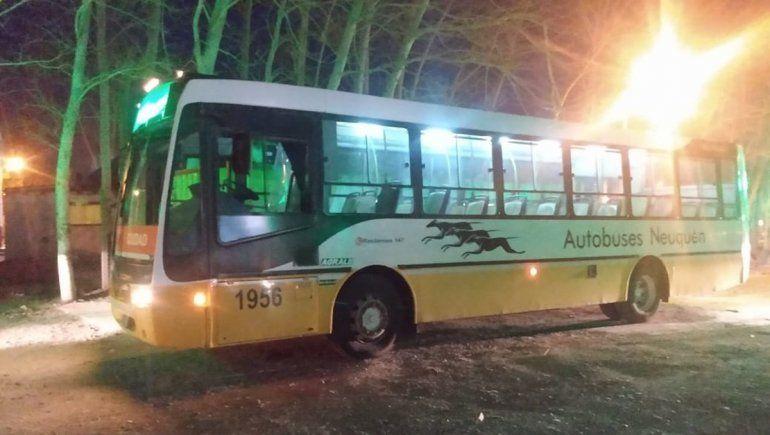 Por falta de seguridad, cortan el servicio de dos líneas de colectivo