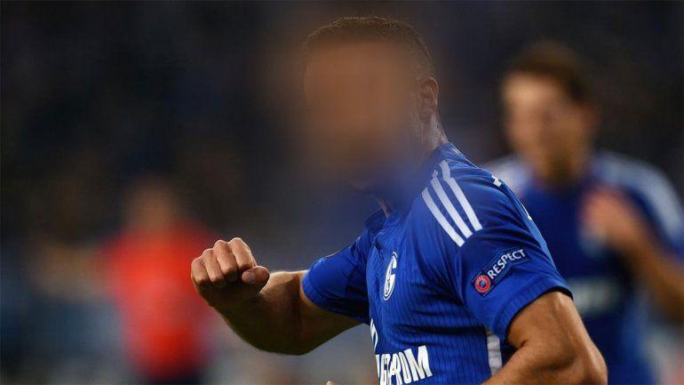 El 9 tapado que jugó en el campeón de Europa y Boca lo quiere
