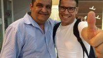 Miguel Serraiotto (Izquierda) el promotor que quiere ser presidente de la federación neuquina de boxeo. Aquí con Maravilla Martínez en uno de los festivales que organizó en Plottier.
