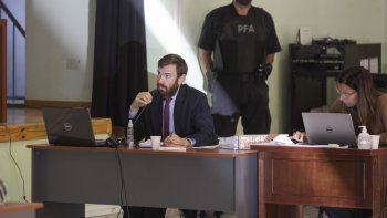 el fiscal acuso por abuso sexual a doce represores