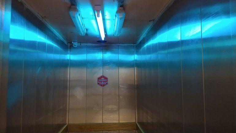 El Castro Rendón implementó los rayos UV para desinfectar los ambientes