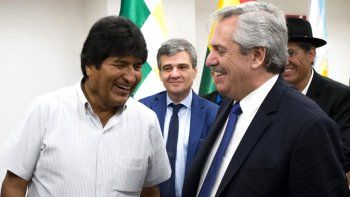 El Presidente cenó en Olivos con Evo Morales y lo felicitó por el triunfo