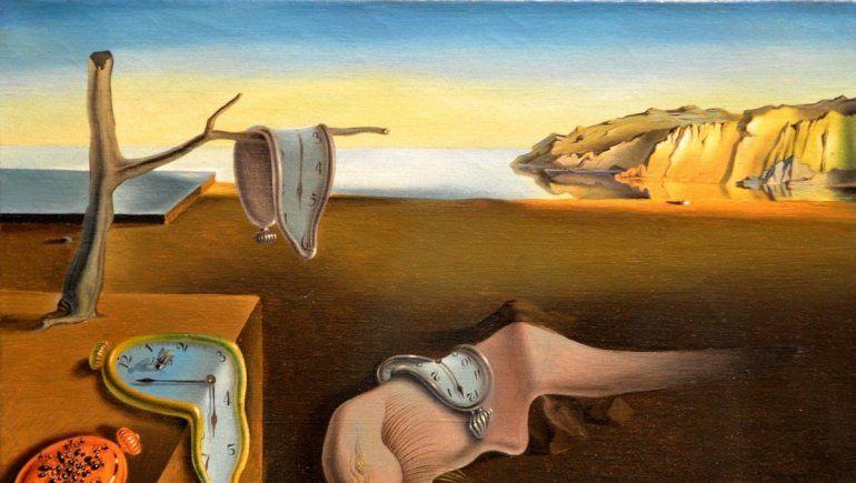 ¿El video de YouTube de Bad Bunny y Rosalía inspirado en una pintura de Dalí?
