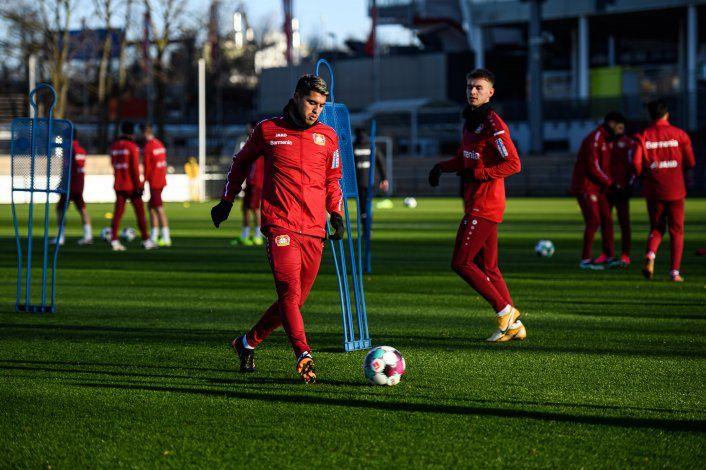 Palacios volvió a entrenar, tras el golpe de Romero hace 3 meses