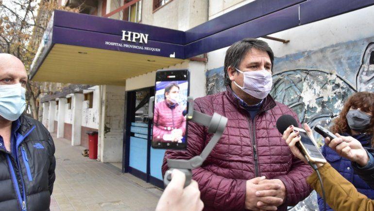 Harán a nuevo las veredas y accesos en los tres hospitales de la ciudad