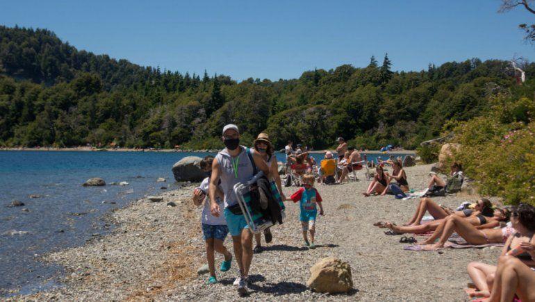 Bariloche: felicidad por el aumento de turistas y preocupación por la suba de casos de COVID-19