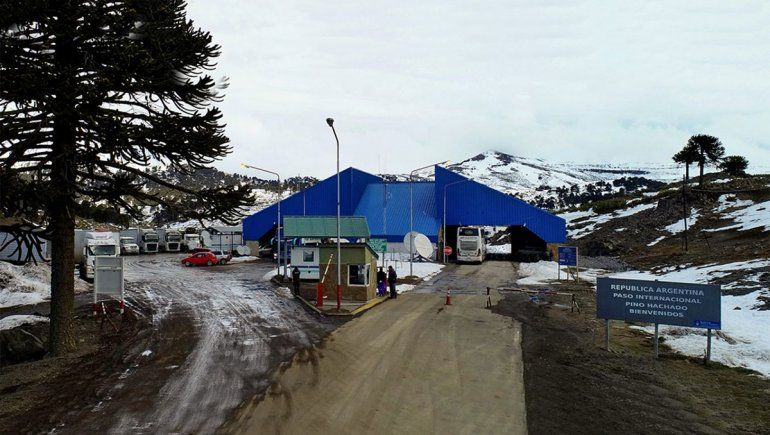 Fronteras con Chile: Pino Hachado.