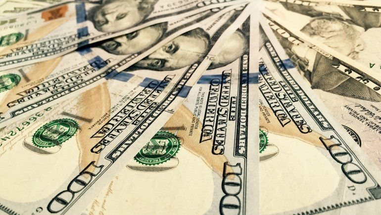 Así cotiza el dólar oficial y el blue este 23 de junio