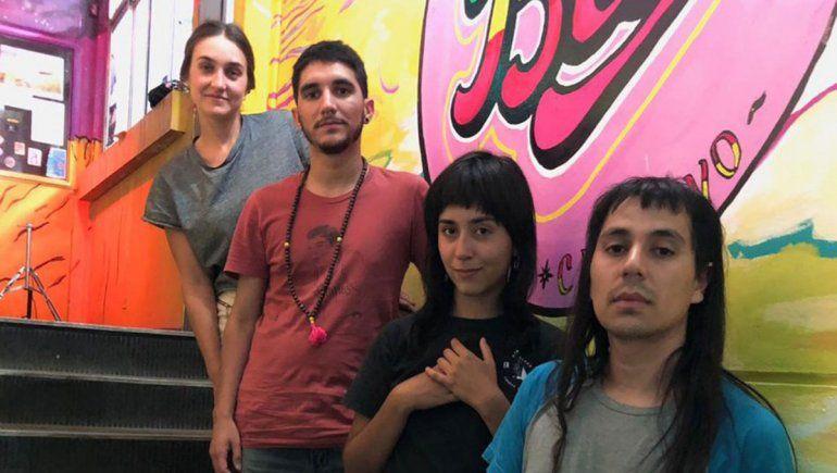 Disco con onda radial: Baby Shakuzzi lanzó Refugio