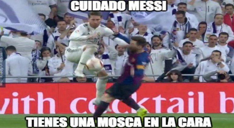 Los memes no perdonan a Messi, a Koeman y la suplencia de Griezmann