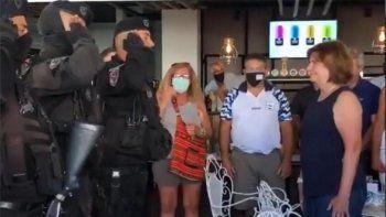 Aseguran que sancionaron a los policías y la ex ministra explotó