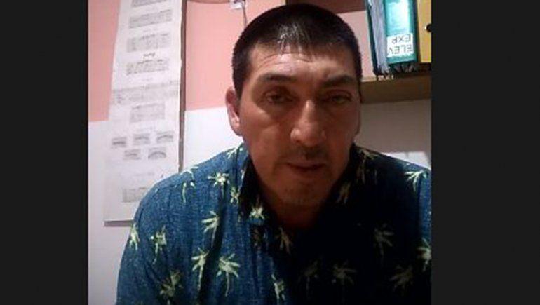 Quedó en prisión preventiva por matar a golpes a quien lo alojaba