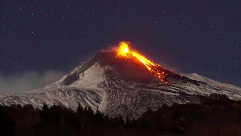 Volcán Villarrica: cómo puede afectar su erupción a las ciudades neuquinas