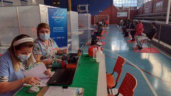 El Chañar vacunó al 61 por ciento de su población.