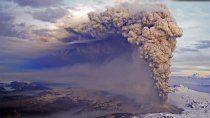 premiaran las fotos mas impactantes de la erupcion de 2011