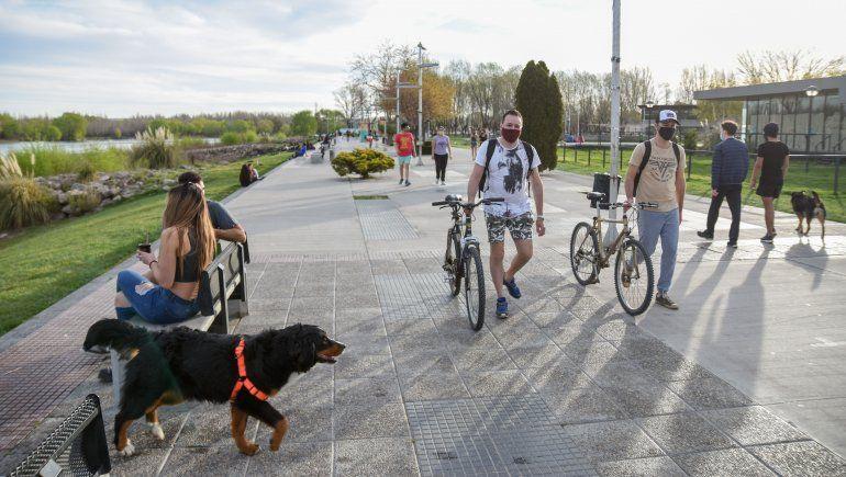 Neuquén: permiten las reuniones de hasta 10 personas en espacios públicos