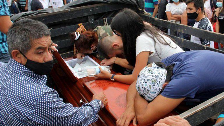 Masacre de nueve jóvenes enluta a Colombia