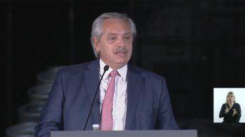 Alberto le pidió a empresarios que inviertan en el país