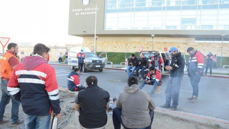 Mineros rechazaron la emergencia de Provincia y protestan en el Poder Judicial