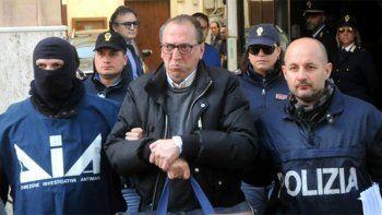 condenan a perpetua al capo de la mafia siciliana
