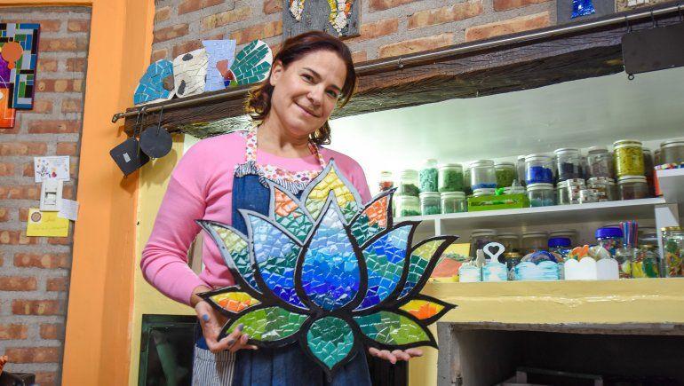 Mosaiquismo: Nilda y el secreto de hacer arte con azulejos
