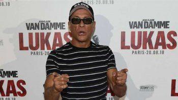 Viral: Jean-Claude Van Damme quedó atrapado en un robo de una joyería